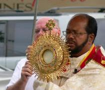 Fr-jose-eucharist-2
